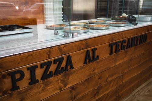pizza al tegamino Prato bancone